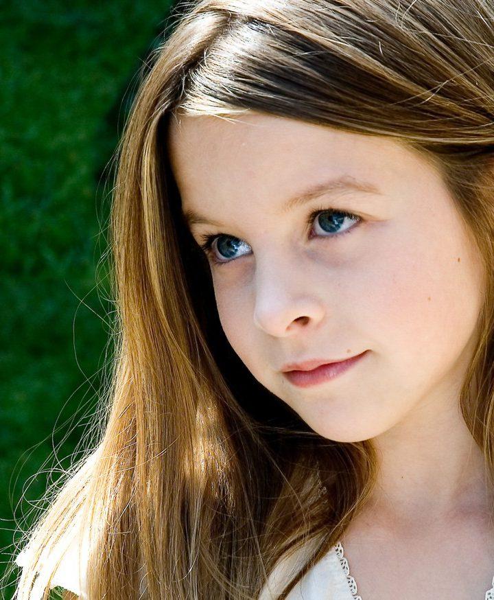 Fryzury dla młodych dziewczyn i dojrzałych kobiet